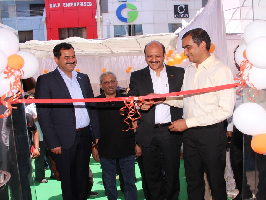 Opening ceremony of Orient Electric Smart Shop in Indore